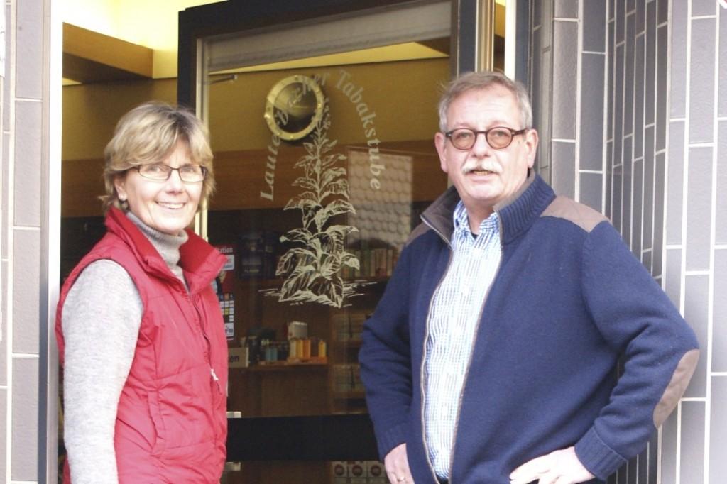 Es begrüßen Sie herzlich Elisabeth und Horst Bittner in der Lauterbacher Tabak- & Whiskystube
